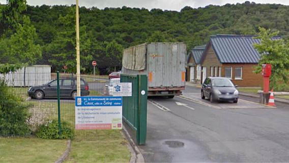 La déchetterie a été évacuée et ses accès fermés (illustration@Google Maps)