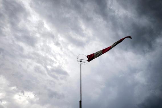 Le vent soufflera du sud-ouest pour 50 à 60km/h, accompagné de rafales allant jusqu'à 80-90km/h.