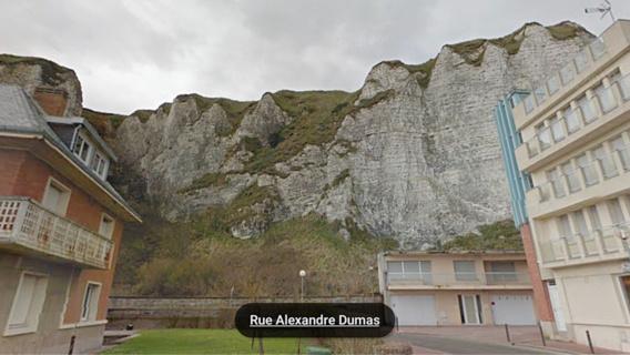 Chute mortelle : une femme de 30 ans retrouvée morte au pied d'une falaise à Dieppe