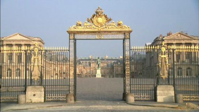 Un agent de sécurité du château de Versailles agressé par un couple de touristes canadiens