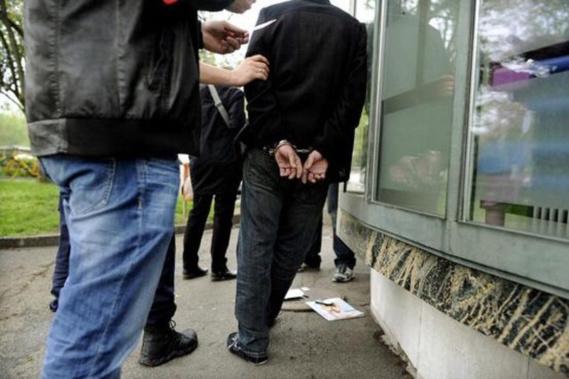 Le quinquagénaire a été placé en garde à vue (Illustration)