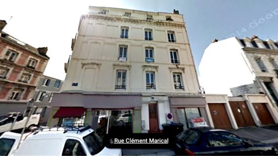 L'homme rendait visite en pleine nuit à un collègue de travail domicilié dans cet immeuble au 1, rue Cément Marical (illustration@Google Maps)