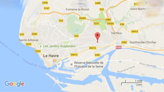 Le Havre : sa voiture s'encastre dans une camionnette, un homme de 19 ans grièvement blessé
