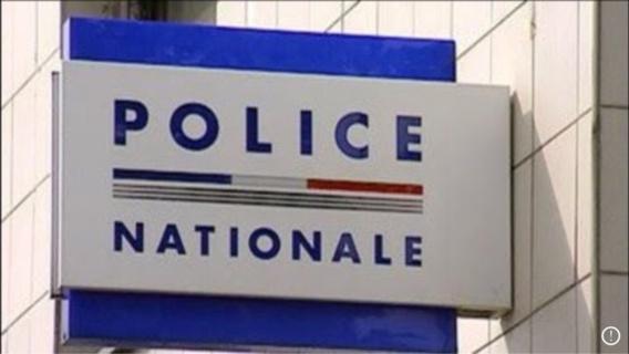 Attaque de policiers à Viry-Châtillon : rassemblements silencieux devant les commissariats en Seine-Maritime et dans l'Eure