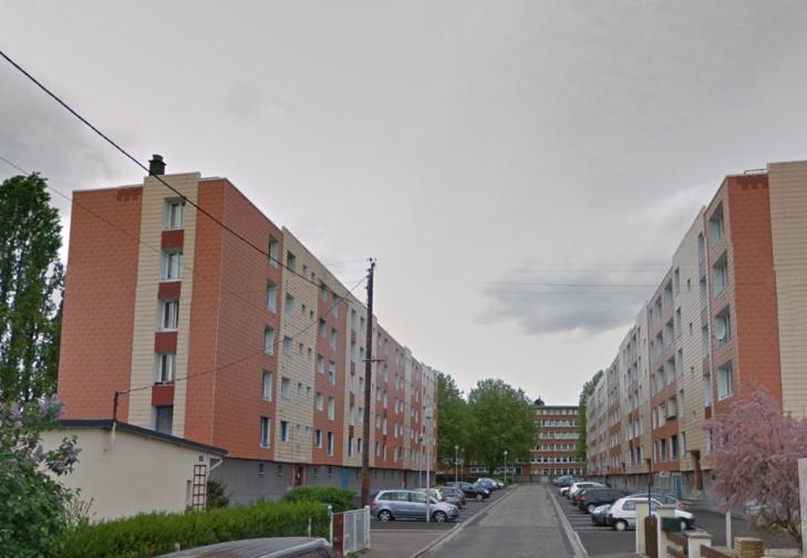 Le feu s'est déclaré dans un appartement de ce groupe d'immeubles, rue Gabrielle Méret dans le secteur du Madrillet à Sotteville-lès-Rouen (Illustration@Google Maps)