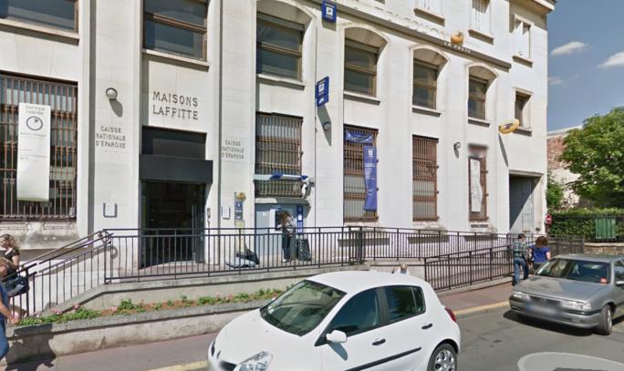Le bureau de la Poste, rue Jean Mermoz (Illustration)