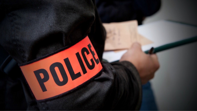 Vol à main armée chez Leader Price à Achères : les malfaiteurs raflent 300€ dans le tiroir-caisse