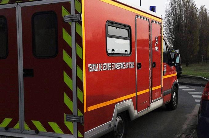 La septutagénaire a été prise en charge par les pompiers et transportée médicalisée au CHU de Rouen (©infonormandie)