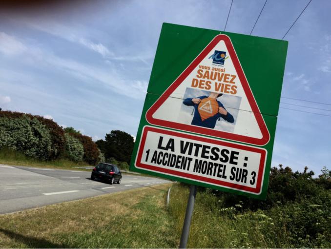 Sécurité routière : le nombre des morts sur la route en France est en baisse de 13% en novembre