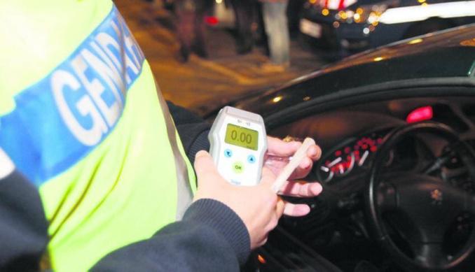 300 automobilistes ont été soumis à un dépistage d'alcoolémie et stupéfiants en 4 heures, près d'une discothèque du Pays de Caux (illustration)