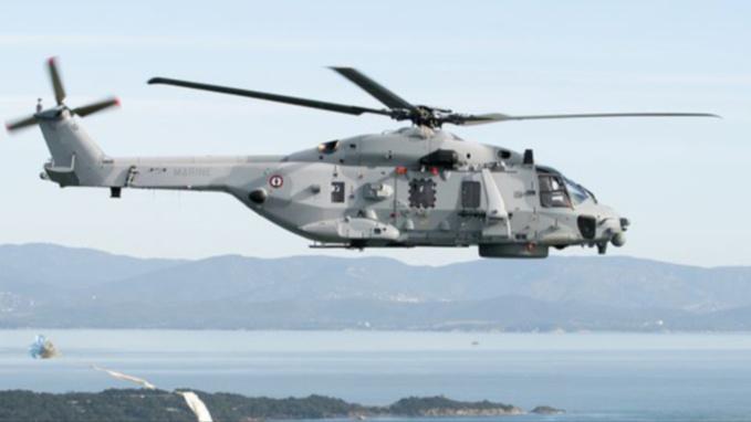 L'hélicoptère Caïman a héliporté le marin jusqu'à l'aéroport de Caen-Carpiquet (illustration @Marine)