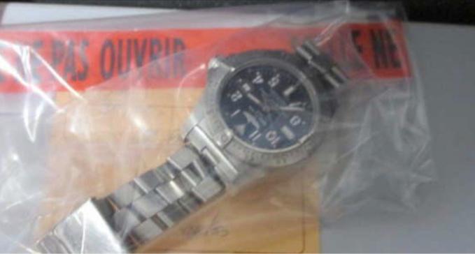 Parmi les objets découverts : une montre de marque Breitling n° 1241172.
