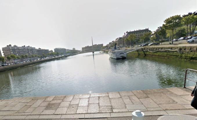Une inconnue âgée de 70 à 80 ans repêchée morte dans le bassin du Commerce ce matin au Havre