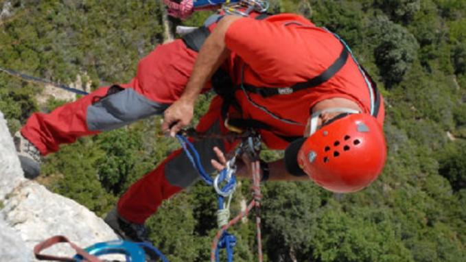 Près de Rouen : un chien tombé de la falaise de Bonsecours en cours de sauvetage par les sapeurs-pompiers