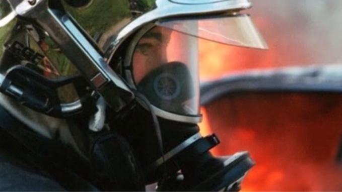 Un pavillon totalement embrasé a l'arrivée des sapeurs-pompiers près du Havre : pas de victime