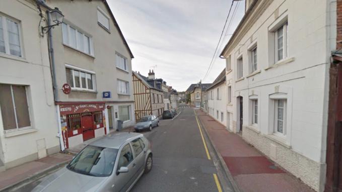 Rue de la Charentonne à Bernay
