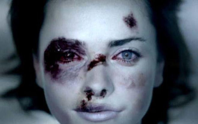 Selon les enquêtes menées par l'Insee, seules 10 % des victimes de violences conjugales déposent plainte (Illustration d'une campagne gouvernementale)