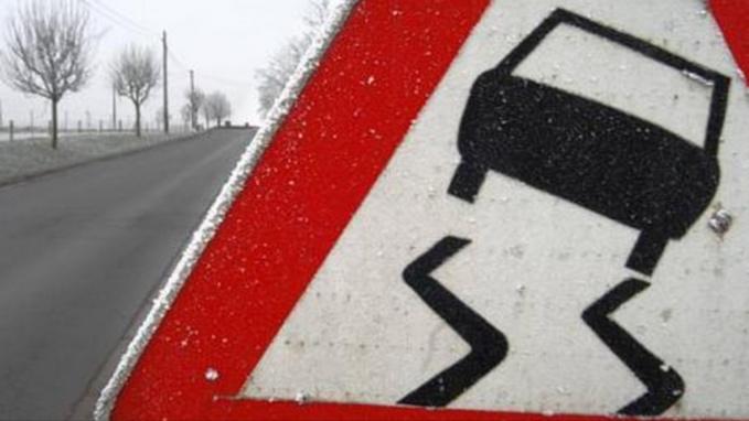 Pluie verglaçante dans l'Eure : une vingtaine d'accidents sans blessé grave, préviennent les pompiers