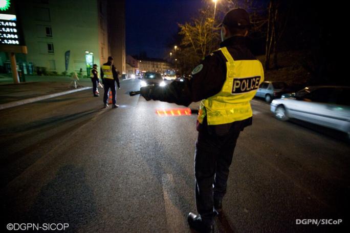 La Celle-Saint-Coud : le voleur de voiture saute en marche à la vue des policiers