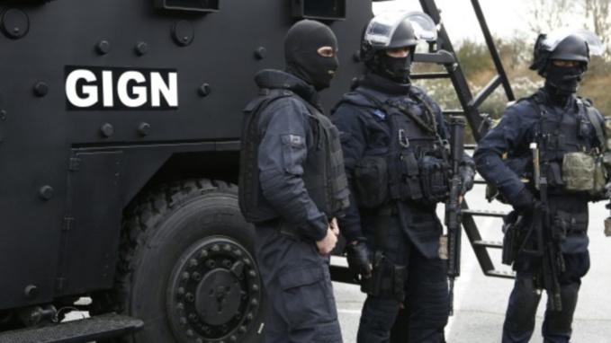 Les forces d'intervention du GIGN sont mobilisées toutes la matinée dans les boucles de la Seine (illustration)