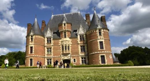 Seine-Maritime : la 8ème randonnée nocturne part à la découverte du Château de Martainville