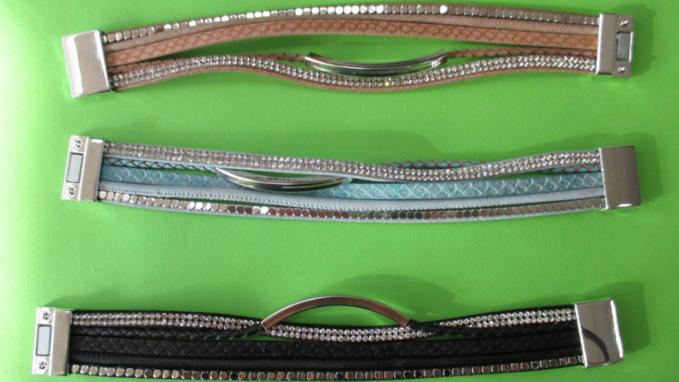 Importés de Chine, ces bracelets étaient destinés à être commercialisés sur le marché français (Photo©Douane française)