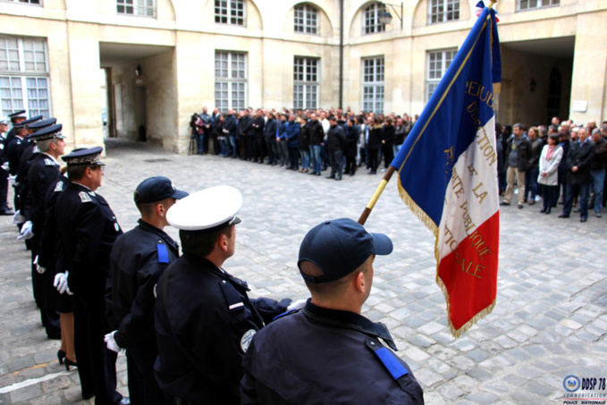 Le vibrant hommage de la Nation à Xavier Jugelé, le policier assassiné sur les Champs-Élysées, victime d'un attentat