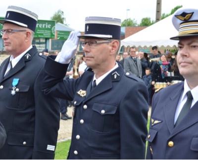 Eure : le capitaine de gendarmerie Bruno Tessal décoré de l'Ordre national du mérite