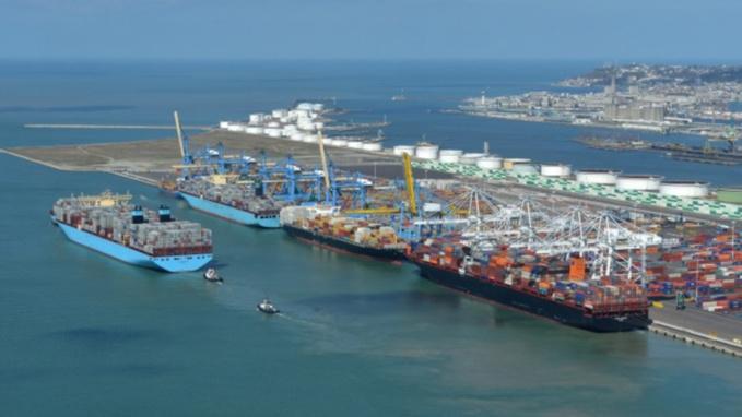Port du Havre : les pompiers mobilisés pour une fuite de produit chimique sur une citerne