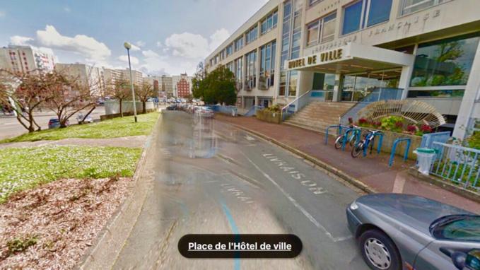 L'accident s'est produit place de l'hôtel de ville (Illustration @ Google Maps)