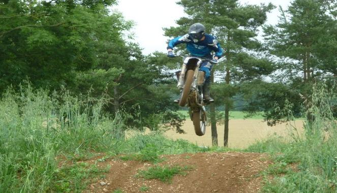 Les motos de cross et les quads traqués en forêt du Rouvray – La Londe : huit engins mis en fourrière