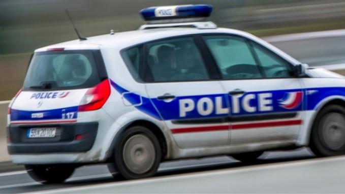 Le Havre : après un refus d'obtempérer, le chauffard sans permis percute la voiture de police