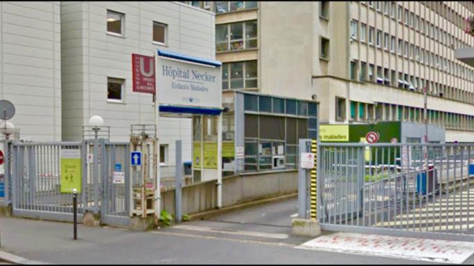 La fillette a été admise à l'hôpital Necker à Paris avec un pronostic vital engagé (illustration @Google Maps)