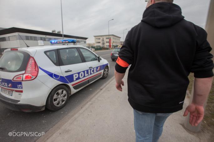 Lors des interpellations, un policier a été blessé à un coude (Illustration ©DGPN)