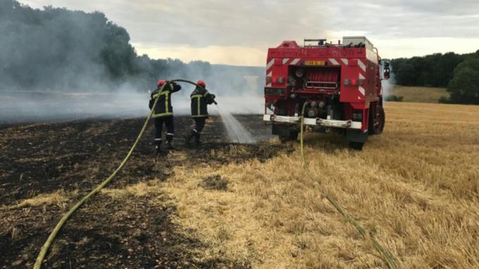 Incendies dans l'Eure : 90 hectares de blé et de chaume emportés par les flammes à Irreville et Aviron
