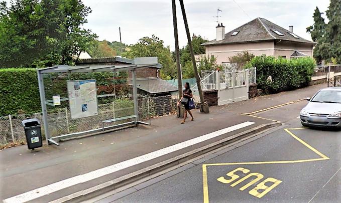 Les deux jeunes femmes ont été braquées à un arrêt de bus, avenue du Maréchal Foch vers 3 heures ce matin (Illustration ©Google Maps)