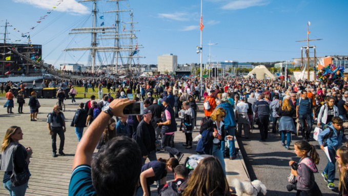 Les Grandes Voiles du Havre : 180 000 paires d'yeux rivés sur les plus beaux voiliers du monde