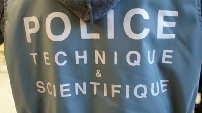 Des constatations de police technique et scientifique ont été réalisées dans la maison de la victime (illustration)