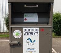 Tourville-la-Rivière : trois individus surpris en train de fracturer des conteneurs à vêtements