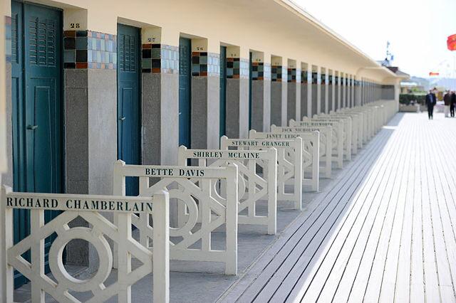 Le nom d'Harvey Weinstein retiré de la promenade des Planches sur la plage de Deauville