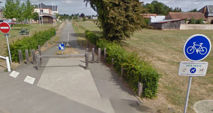 Le corps sans vie du jeune homme a été découvert par une promeneuse sur la voie Verte, mercredi matin (Illustration © Google Maps)