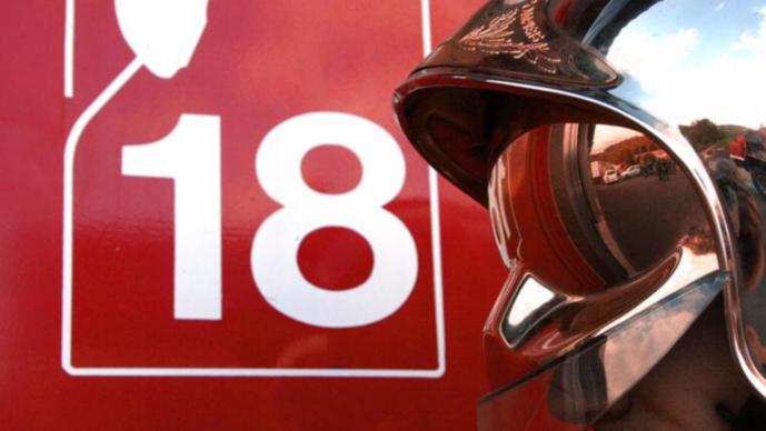 Maison en feu à Envermeu : une jeune femme légèrement intoxiquée par la fumée