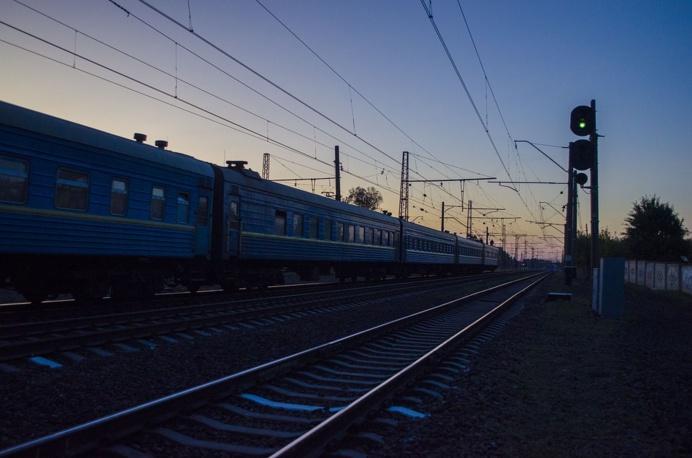 Régulièrement, les trains parqués dans la gare de triage sont soumis à des vols divers (Illustration © Pixabay)