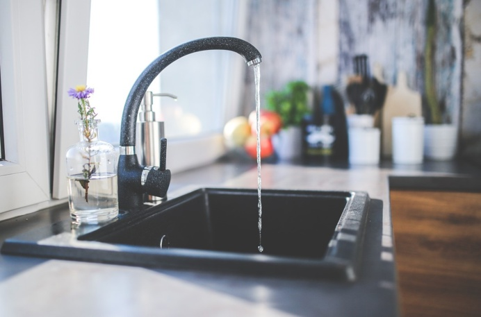 L'eau du robinet est de nouveau potable dans quatre communes de la Risle (Illustration © Pixabay)