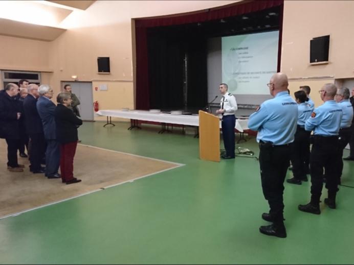 Échange de vœux entre les gendarmes de la compagnie de Rouen et les élus locaux