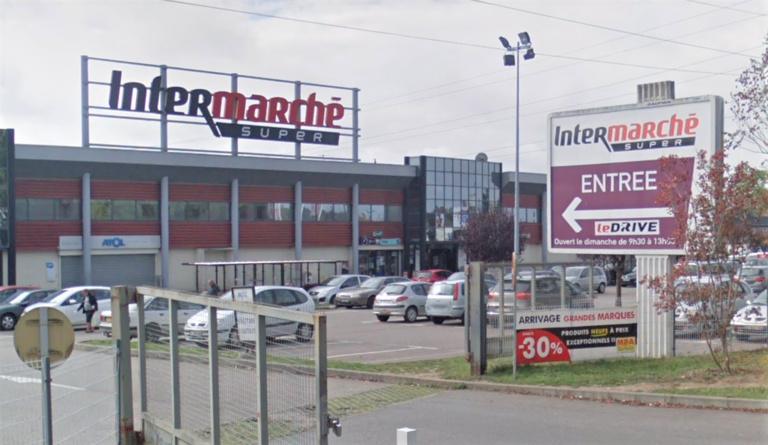 Les deux jeunes femmes ont été repérées et interceptées par un agent de surveillance du magasin (illustration © Google Maps)