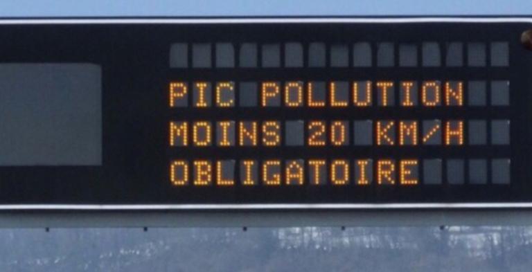 La préfecture recommande aux usagers de la route d'abaisser leur vitesse de 20 km/h