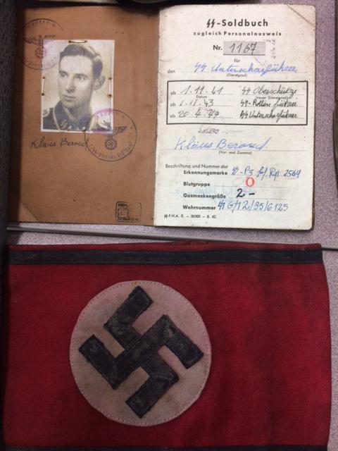 Eure : le couple vendait des objets nazis sur une foire à tout, il est interpellé pour «suspicion d'apologie de crime»
