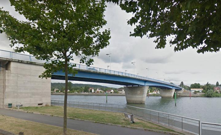 L'homme s'est jeté dans la Seine depuis le pont Jean-Jaurès (Illustration © Google Maps)
