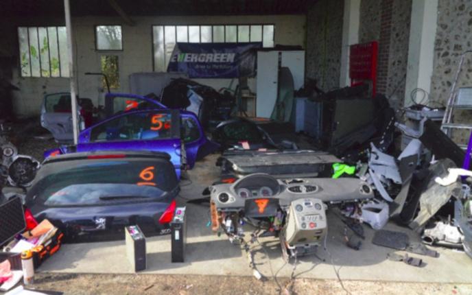 Une filière de recel de véhicules volés démantelée dans l'Eure : deux hommes placés en détention